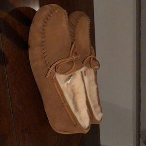 Brand new Uggs men's slippers